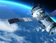 Internet desde el espacio consiste en miles de pequeños satélites que conectan a cualquier persona, en cualquier lugar del mundo. (Getty Images)