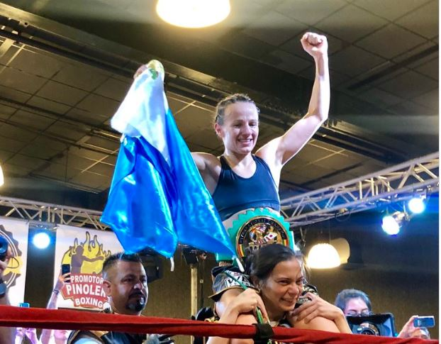 """María """"La Imparable"""" Micheo ganó el Título Internacional Absoluto del Consejo Mundial de Boxeo"""