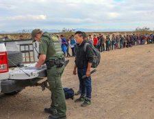 Miles de guatemaltecos migran a EE. UU. cada año. (Foto Prensa Libre: Hemeroteca PL)