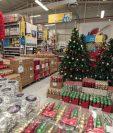 El comercio y el consumo de bienes se incrementa en el último trimestre del año y las empresas ya empiezan con el abastecimiento de los productos que se van a ofertar, en especial, juguetes, vestuario, electrodomésticos. (Foto Prensa Libre: Hemeroteca)