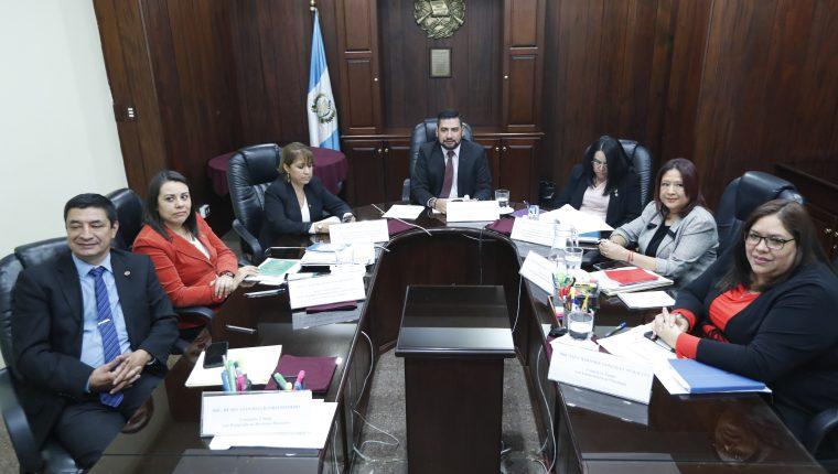 Conferencia del Consejo de la Carrera Judicial, se pronuncian sobre la resolución de la CC sobre la repetición de elección de magistrados de la CSJ y Sala de apelaciones. (Foto Prensa Libre: Esbin García)