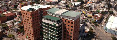 El Tec 3 forma parte del Campus Tec en la zona 4. (Foto, Prensa Libre: Carlos Hernández).