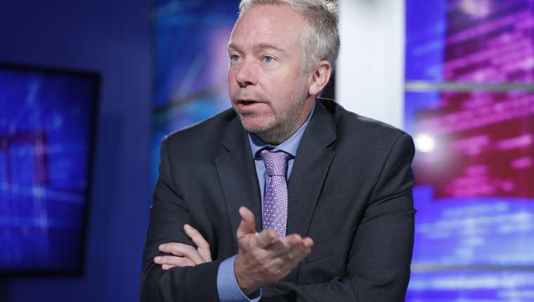 David Hodge, encargado de Negocios de la Embajada de Estados Unidos en Guatemala, habla con Prensa Libre. (Foto Prensa Libre: Esbin García)