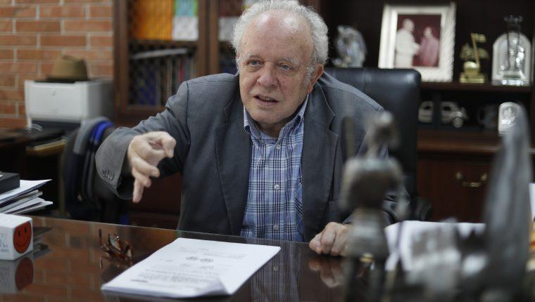 Félix Serrano, rector de la Universidad Mesoamericana en entrevista con Prensa Libre sobre el atraso en la elección de magistrados del Organismo Judicial. (Foto Prensa Libre: Hemeroteca PL)