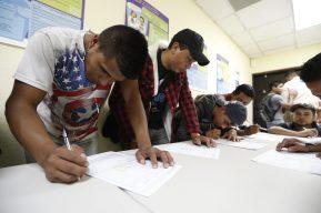 Visas agrícolas: Sin certeza, 200 guatemaltecos diarios aplican a un empleo legal en EE. UU.