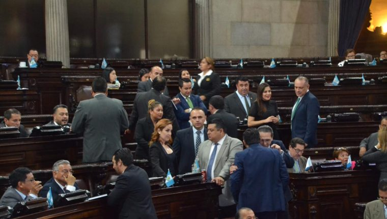 Diputados en sesión plenaria. (Foto Prensa Libre: Hemeroteca PL)