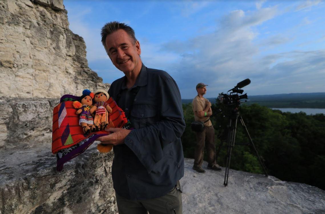 Nigel Marven de Animal Planet graba programa en Guatemala para resaltar la riqueza natural