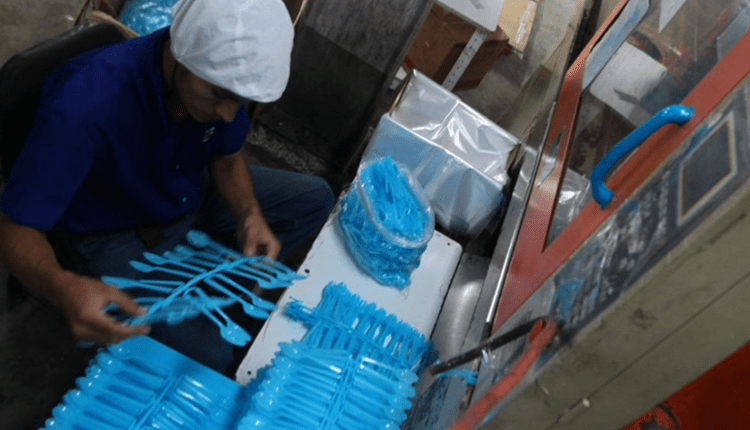Los utensilios de plástico de un solo uso ya no será permitido en Guatemala. (Foto: Prensa Libre: HemerotecaPL)