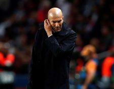 Zinedine Zidane, durante el juego del Real Madrid frente al París Saint-Germain en París. (Foto Prensa Libre: AFP)