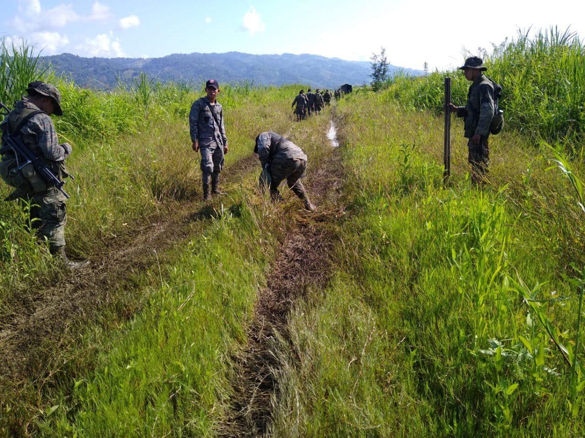 Armas y material para la elaboración de drogas han sido incautadas durante estado de Sitio