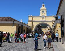 De la mano de sus  destinos turísticos iconos  el país ha logrado recuperarse de dificultades naturales, de seguridad o medidas de autoridades. (Foto, Prensa Libre: Hemeriteca PL).