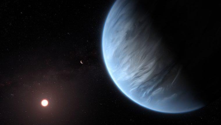 Imagen artística de K2-18b girando en torno a su estrella. (Foto Prensa Libre: AFP)