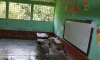 La escuela de Semuy 2, El Estor, Izabal, permanece cerrada. (Foto Prensa Libre: Dony Stewart)