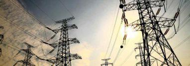 El decreto impide a las empresas suspender los servicios básicos a la población. (Foto: Prensa Libre: Hemeroteca)