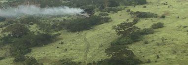 Avioneta se estrelló en una finca en Champerico, Retalhuleu. (Foto Prensa Libre: Ejército de Guatemala)