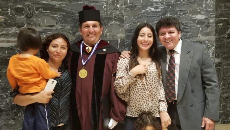 Adrián Morales visitó Guatemala para recibir un doctorado honoris causa por parte de la Northern International University. (Foto Prensa Libre: Cortesía)
