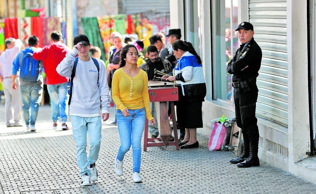 PNC asegura que asaltos a peatones persisten en tres zonas capitalinas y en Mixco