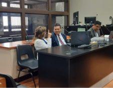 Sandra Torres espera que el Juzgado de Alto Riesgo continúe conociendo su caso.    (Foto Prensa Libre: Noe Medina)