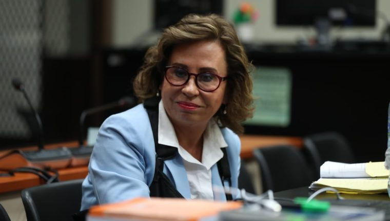Sandra Torres, durante la audiencia de primera declaración del caso Financiamiento a la UNE. (Foto Prensa Libre: Óscar Rivas)