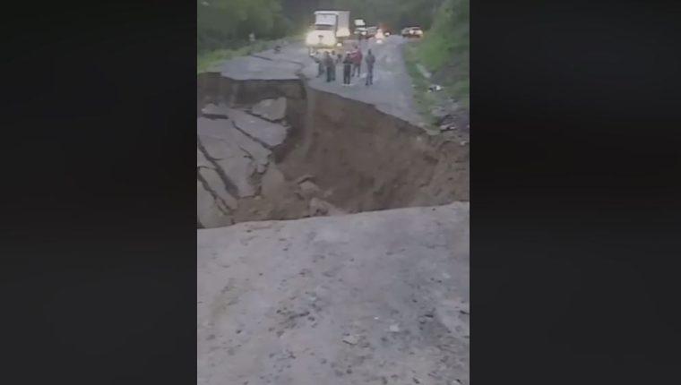 Según reportes de medios hondureños, las lluvias habían activado la falla geológica. (Foto Prensa Libre: captura de pantalla)
