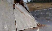 Daños en el libramiento de Chimaltenango. (Foto Prensa Libre: Hemeroteca PL)