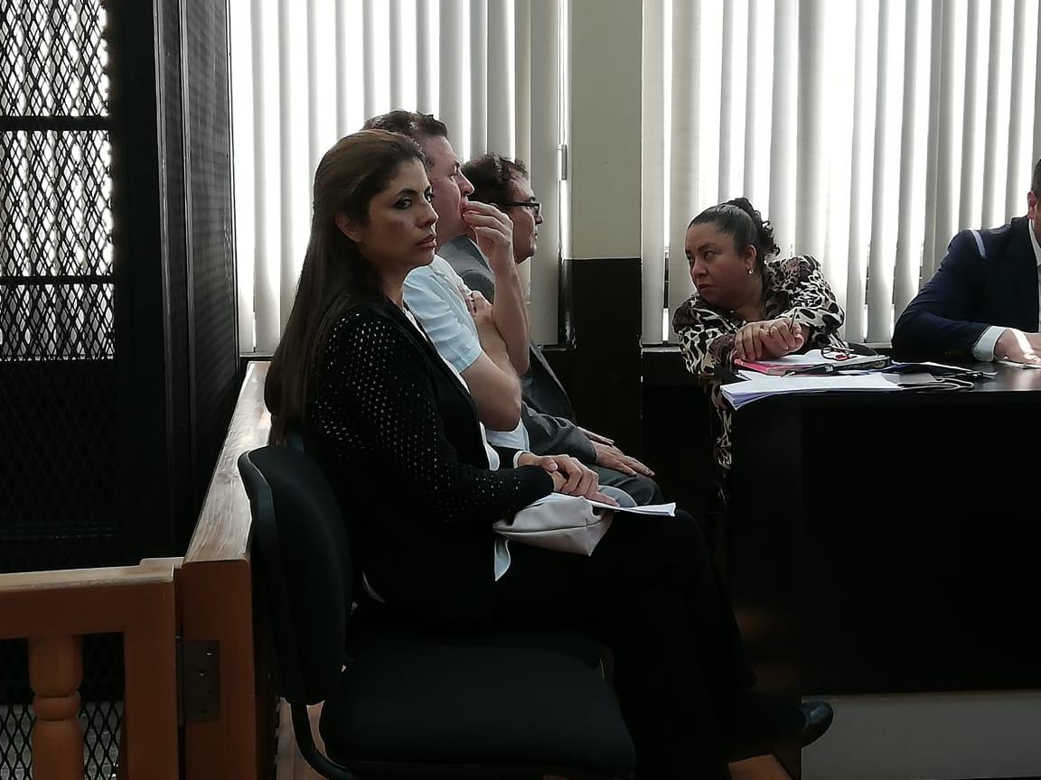 """Jueza acepta más de 130 pruebas para juicio contra el """"Rey del tenis"""", su hermana y un magistrado"""