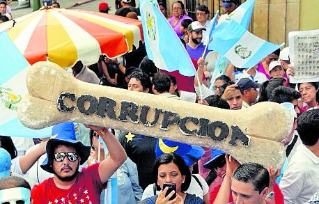 Guatemala está entre los países menos eficaces ante avance de corrupción y extorsión sexual