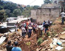 La saturación de los suelos provoca deslizamientos que causan daños a viviendas.  (Foto Prensa Libre: Conred).