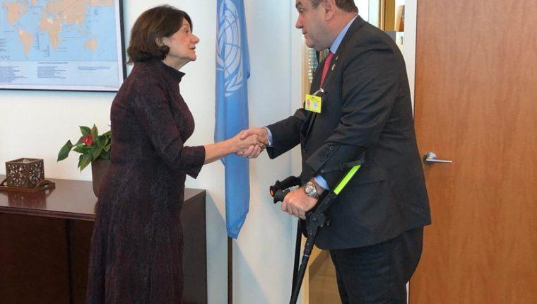 El presidente electo Alejandro Giammattei se reunió el 25 de septiembre con la subsecretaria General de las Naciones Unidas Para Asuntos Políticos y de Consolidación de la Paz, Rosemary DiCarlo. (Foto Twiter)