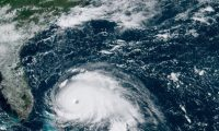 - (-), 01/09/2019.- A handout photo made available by the National Oceanic and Atmospheric Administration (NOAA) shows Hurricane Dorian over the Atlantic Ocean approaching the Bahamas and the US state of Florida, 01 September 2019. The National Hurricane Center said on 01 September that Dorian had strengthened into a 'catastrophic category 5' storm that was continuing to intensify. The storm had maximum sustained winds of close to 175 miles per hour (280 km/hour). (Estados Unidos) EFE/EPA/NOAA/NESDIS/STAR GOES HANDOUT HANDOUT EDITORIAL USE ONLY/NO SALES