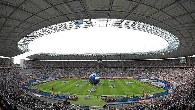 ¿Cuánto vale el futbol europeo? Gastos de las cinco grandes ligas marcan un récord