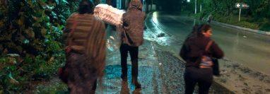 El ataúd de Franklin es llevado de regreso a su casa. (Foto Prensa Libre: @fisheisenberg)