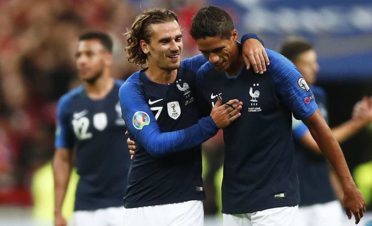 La Selección de Francia derrota 3-0 a Andorra, pero Griezmann falla un penalti