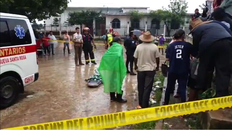 Derrumbe mata a niña de 5 años en Santa Rosa