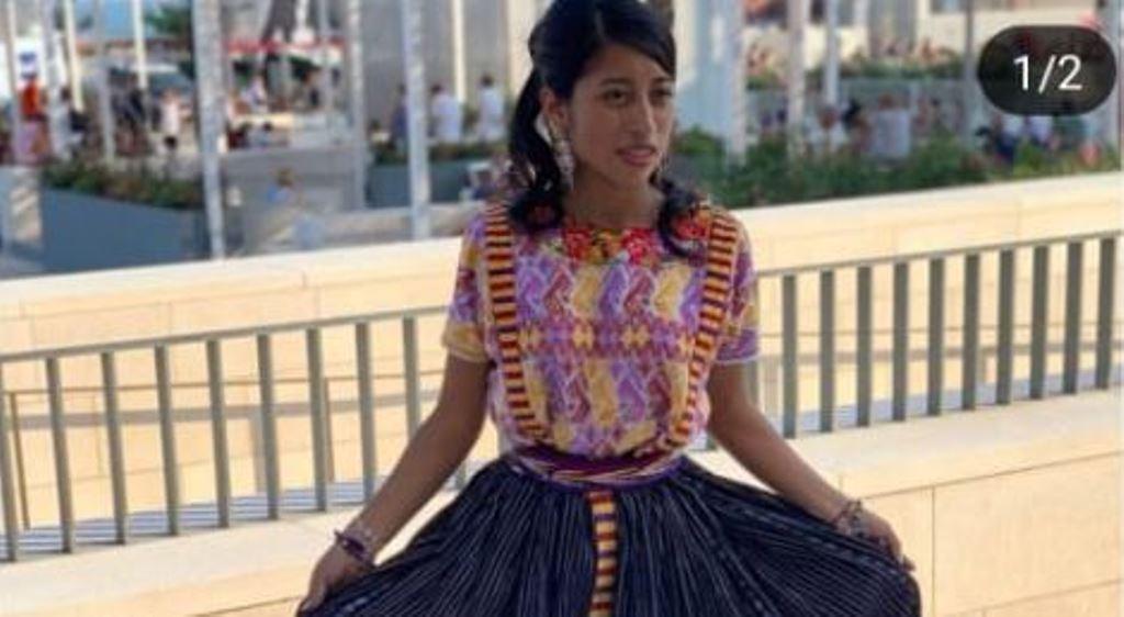 María Mercedes Coroy viste traje de Quetzaltenango en premier de Venecia y explica por qué utiliza diferentes trajes indígenas en festivales de cine