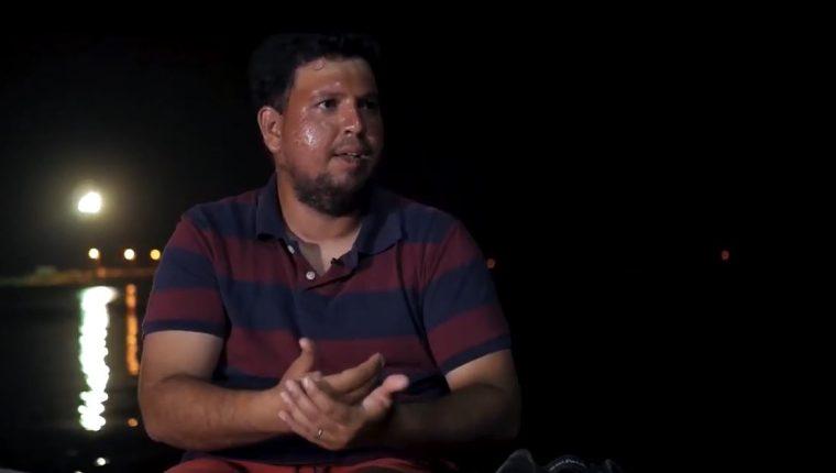 Julio Cordón naufragó el 6 de junio del 2019 y relató su experiencia. (Foto Prensa Libre: Captura de Youtube)