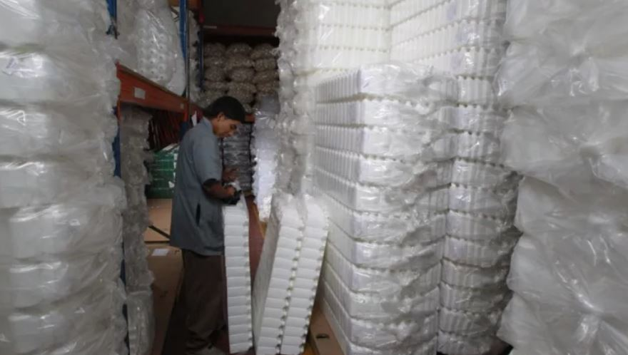 Gobierno de Guatemala prohíbe utensilios plásticos desechables