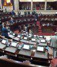 Pocos diputados asisten a la sesión plenaria en la que se pretende aprobar, en primera lectura, una reforma a la Ley de la Carrera Judicial. (Foto Prensa Libre: Dulce Rivera)