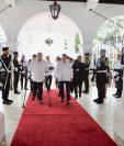 Alejandro Giammattei (izquierda) y el presidente panameño, Laurentino Corizo. (Foto: Twitter/@NitoCortizo)