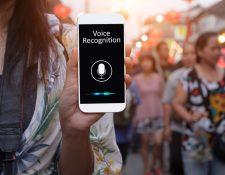 El idioma no es más una barrera para comunicarse. Busque estas aplicaciones y llévelas en su móvil en su próximo viaje internacional. (Foto Prensa Libre: Servicios).