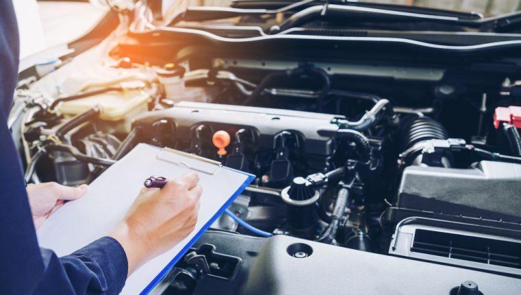 Es fundamental que, al tener un vehículo, le dé el mantenimiento requerido para garantizar su buen funcionamiento. (Foto Prensa Libre: Servicios).