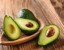Comiendo aguacate de forma moderada puede acelerar su metabolismo, controlar los niveles de grasa en sangre y además sentirse saciado. (Foto Prensa Libre: Servicios)