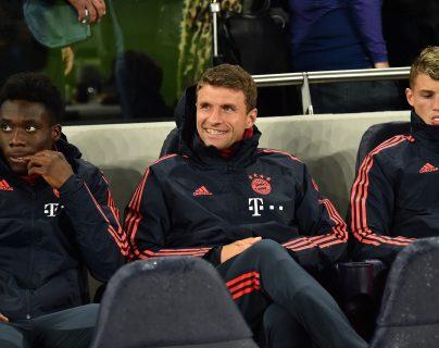 Thomas Mueller ha sido relegado a la banca en los últimos cinco partidos del Bayern Múnich. (Foto Prensa Libre: AFP)