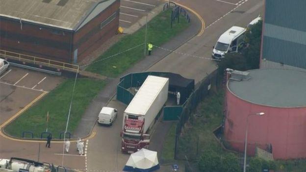 Tragedia en Essex: los 39 fallecidos hallados en el interior de un camión en Reino Unido eran chinos