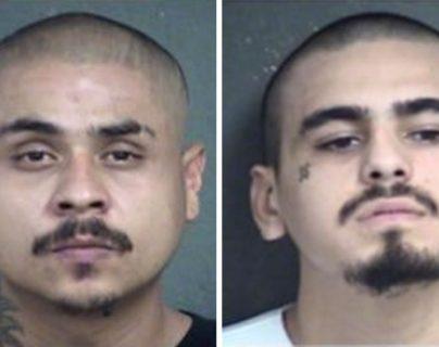 Hugo Villanueva Morales (izq) es buscado por las autoridades, mientras que Javier Alatorre (der) fue detenido horas después del ataque.