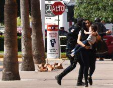 EN redes sociales circularon imágenes del terror que vivieron los residentes de Culiacán el jueves por la tarde.