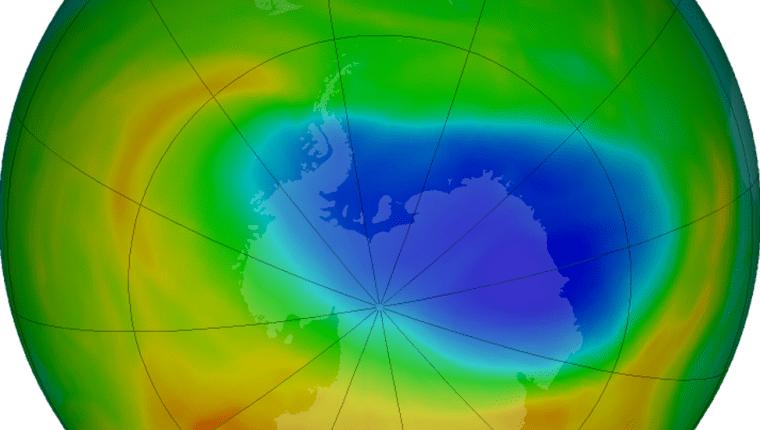 El agujero en la capa de ozono en octubre de 2019. De acuerdo a la NASA, la reducción no es una señal de que el ozono atmosférico esté en un camino rápido de recuperación.