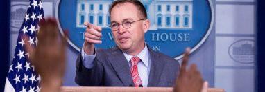 Mick Mulvaney, jefe de gabinete de la Casa Blanca, en la conferencia de prensa del pasado 17 de octubre en la cual reconoció que EE. UU. presionó a Centroaméerica para conseguir la firma de acuerdos migratorios. (Foto Prensa Libre: EFE)