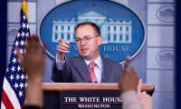 Mick Mulvaney, jefe de gabinete interino del gobierno de Donald Trump. (Foto Prensa Libre: AFP)