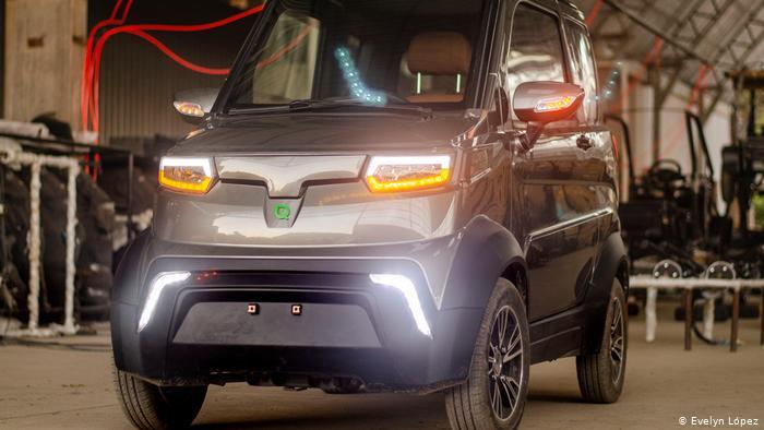 Auto eléctrico de la empresa Quantum.